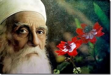 BAH01Abdul-Baha-With-Flowers-M5-16b